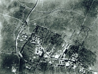 Courcelette - aerial photo 1916 (Paul Reed)